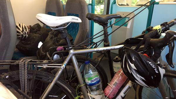 Fahrräder in der Bahn nach Pembroke